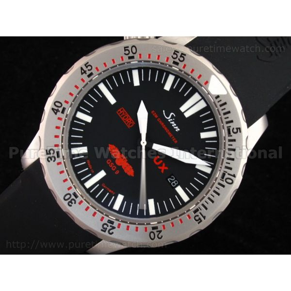 UX Hydro SS Black Dial on Rubber Strap